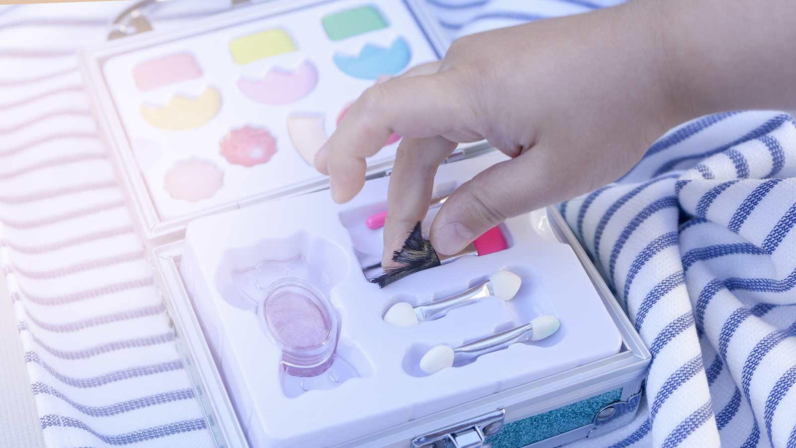 <h4>Asbestos In Kids' Makeup</h4><p>Recently the PIRG Consumer Watchdog team found asbestos in some of the makeup sold by Claire's, which is marketed to kids and pre-teens. Inhaling or ingesting any form of asbestos can lead to serious health conditions, including lung cancer and mesothelioma.</p><em>sirtravelalot via Shutterstock</em>